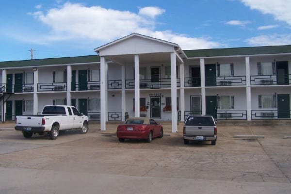 Budget Deluxe Motel